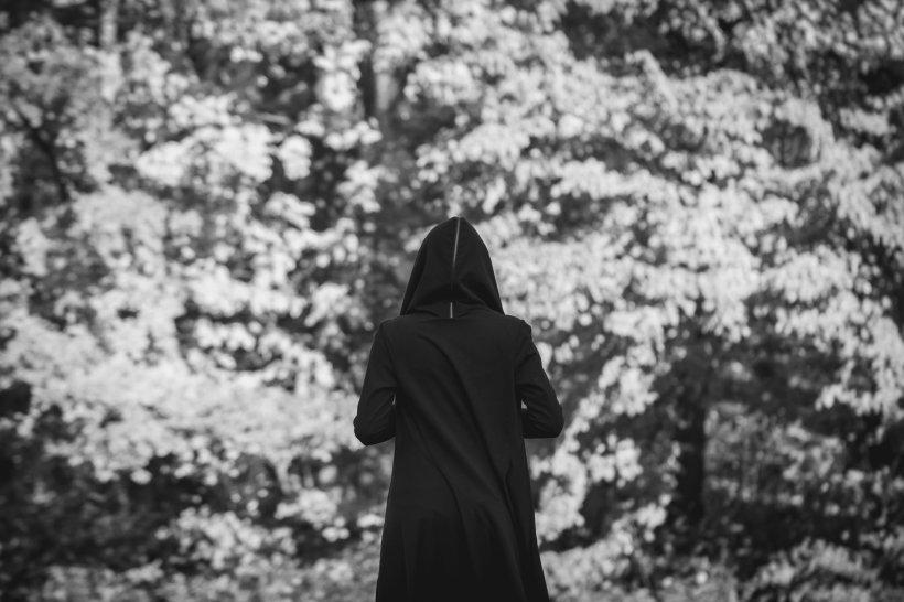 Doi tineri sataniști au recunoscut că și-au tranșat și mâncat victimele, în mai multe ritualuri oculte, în Rusia