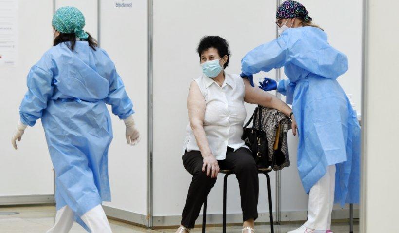 Medic din Cluj-Napoca, reţinut pentru că a eliberat adeverinţe false de vaccinare anti-COVID, în Ocna Mureș
