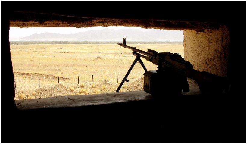 Marea Britanie cere cetățenilor britanici să părăsească Afganistanul