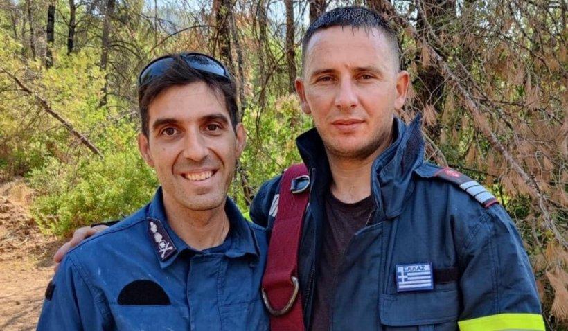 """Conversație între un pompier român și unul grec, aflați în misiunea din Grecia: """"Vreau să-ți ofer ceva. Ți-l ofer din toată inima, pentru că voi ne-ați câștigat inimile"""""""