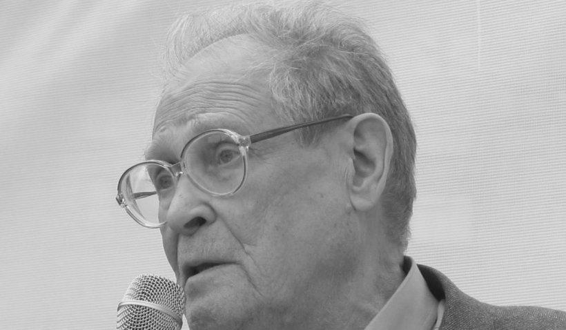 """A murit disidentul rus care a semnat manifestul """"Putin trebuie să plece"""""""
