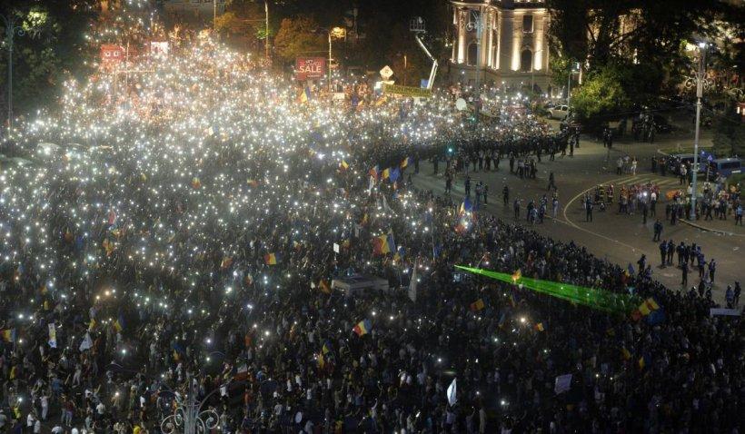 Trei ani de la protestul violent din 10 august, în Piaţa Victoriei, şi niciun vinovat