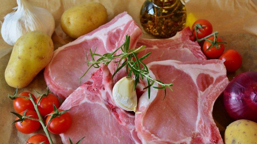 Fermierii sunt disperaţi. Porcul românesc este pe cale de dispariţie