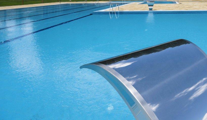 Bacterie periculoasă, rezistentă la antibiotice, descoperită de comisarii ANPC într-o piscină din Murighiol