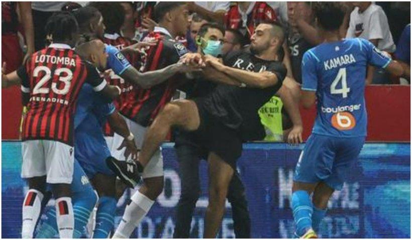 Bătaie generală în Franţa: Fanii lui Nice au invadat terenul în meciul cu Marseille