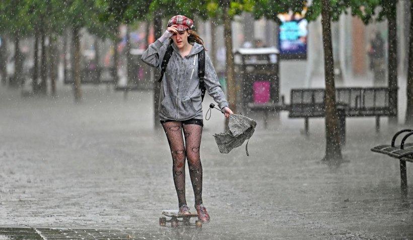 Prognoza meteo 24 august - 26 august 2021. Se strică vremea în Bucureşti, temperaturile scad