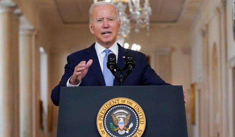 L-a ajutat pe Joe Biden după o aterizare forțată, dar SUA nu i-au dat viză să plece din Afganistan. Mesajul Casei Albe pentru interpretul afgan Mohammed
