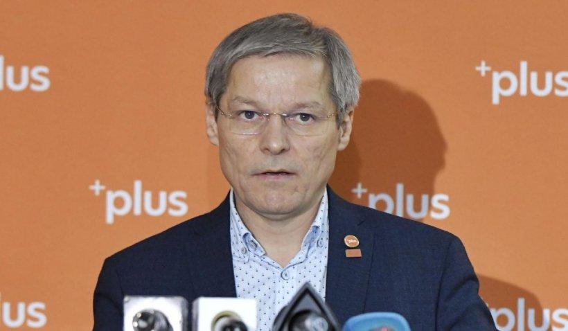 """Dacian Cioloș: """"Miniștrii USR PLUS vor pleca din Guvern la începutul săptămânii viitoare"""""""