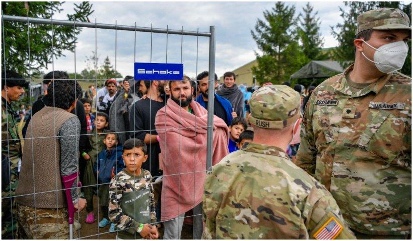 """Serviciile germane au identificat, printre cei evacuați, 20 de afgani """"relevanți pentru securitate"""""""