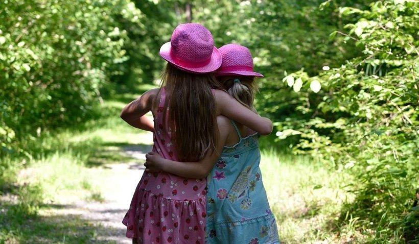 Vaccinarea gratuită anti-HPV, extinsă până la 18 ani în cazul fetelor