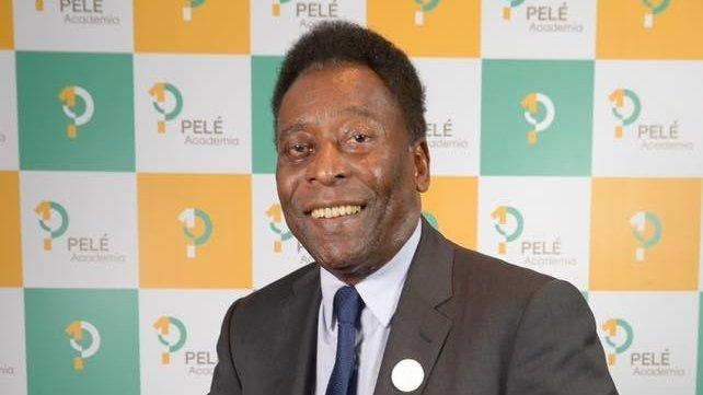 Marea legendă a fotbalului, Pelé, operat de urgență pentru o tumoare la colon
