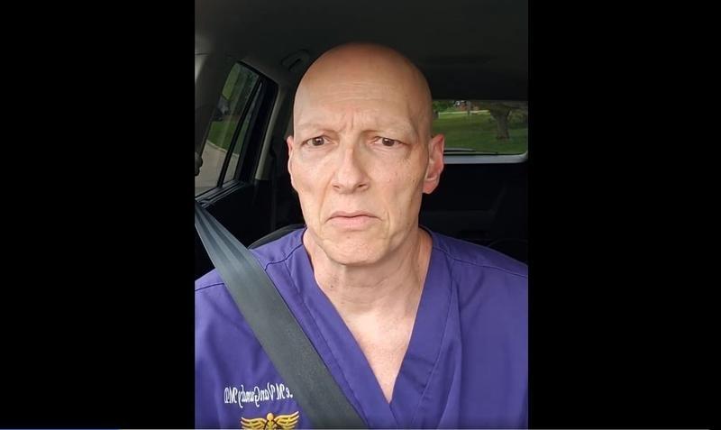 """Strigătul disperat al unui medic american de primiri urgențe: """"Nu mai facem față oamenilor care mor din cauza COVID"""""""