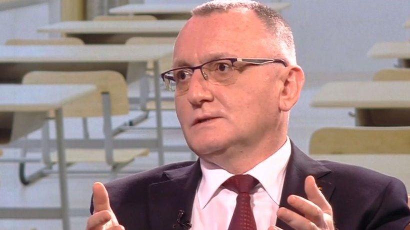 """Sorin Cîmpeanu: """"7.200 de elevi nu vor merge azi la școală"""""""