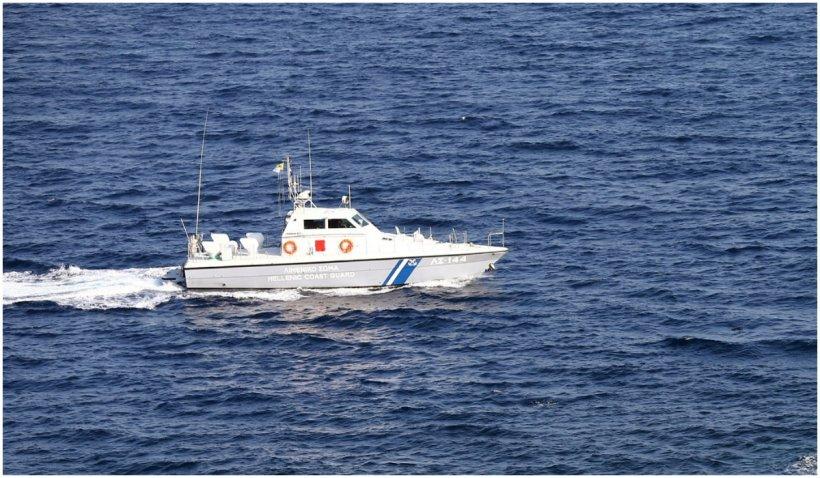 Un pescar din Grecia a fost arestat după ce a prins în năvod un cadavru și apoi l-a aruncat înapoi în mare