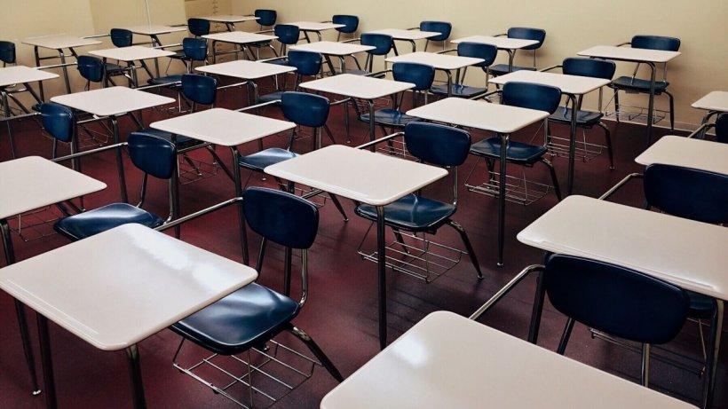 Școlile și grădinițele se vor închide în cel mult trei săptămâni, avertizează Octavian Jurma