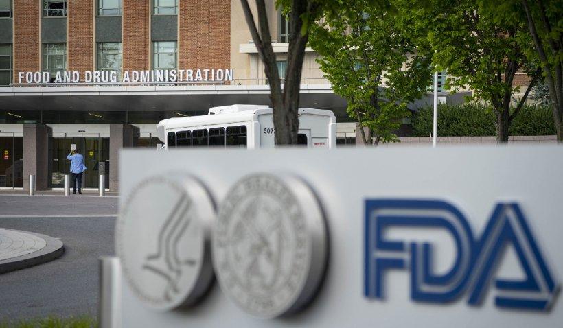 Autoritățile americane resping cererea Pfizer de a adăuga doza a treia la schema de vaccinare. Cine poate face, totuși, doza suplimentară