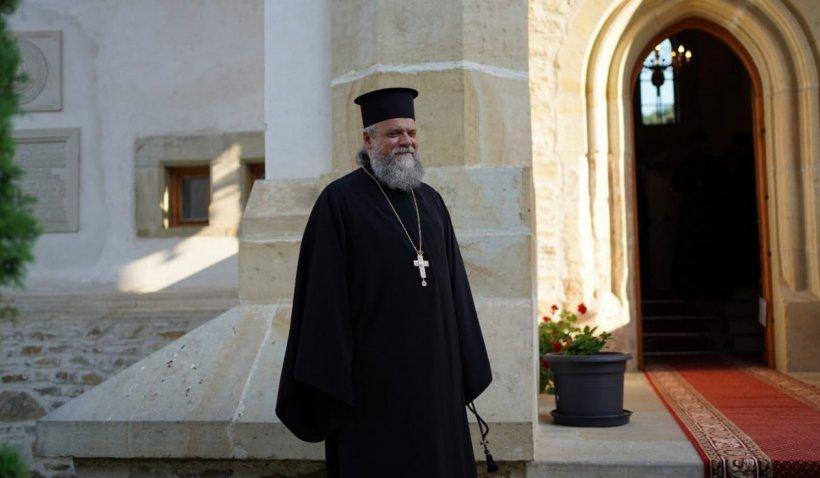 Părintele David Oprea, coordonatorul cabinetului IPS Calinic, a murit în urma complicațiilor suferite din cauza Covid-19. Avea 47 de ani