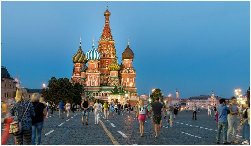 În Rusia au început alegerile parlamentare. Acestea vor dura 3 zile