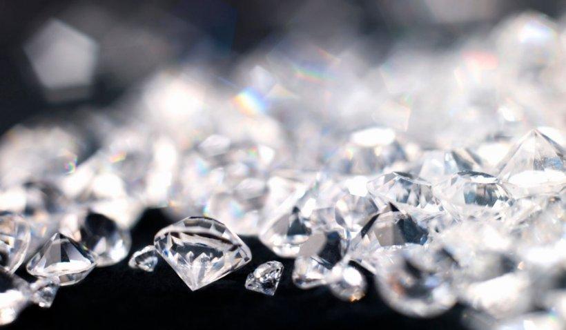 Diamantele, preferatele românilor chiar şi pe timp de criză