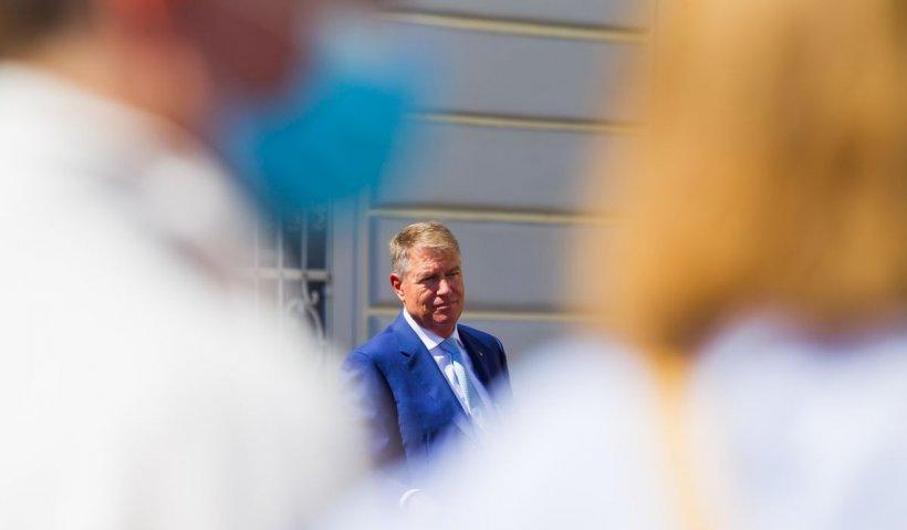 Ambasada Suediei, replică amuzantă după ce preşedintele Iohannis i-a îndemnat pe români să joace golf