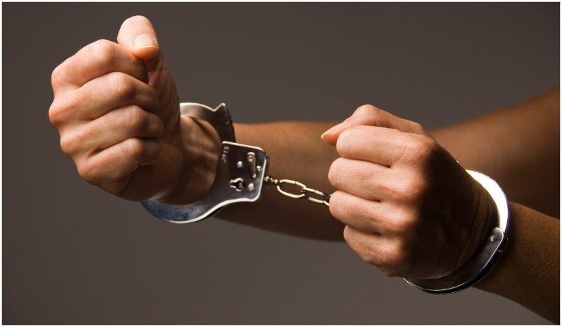 Constănțeanul care și-a ucis cumnata cu 42 de lovituri de cuțit a fost arestat