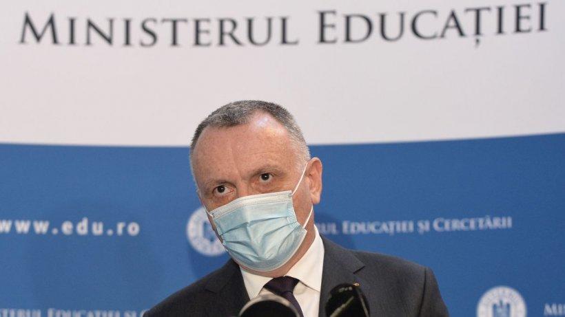 """Sorin Cîmpeanu, precizări despre testarea copiilor în şcoli: """"Avem piedici de natură birocratică!"""""""