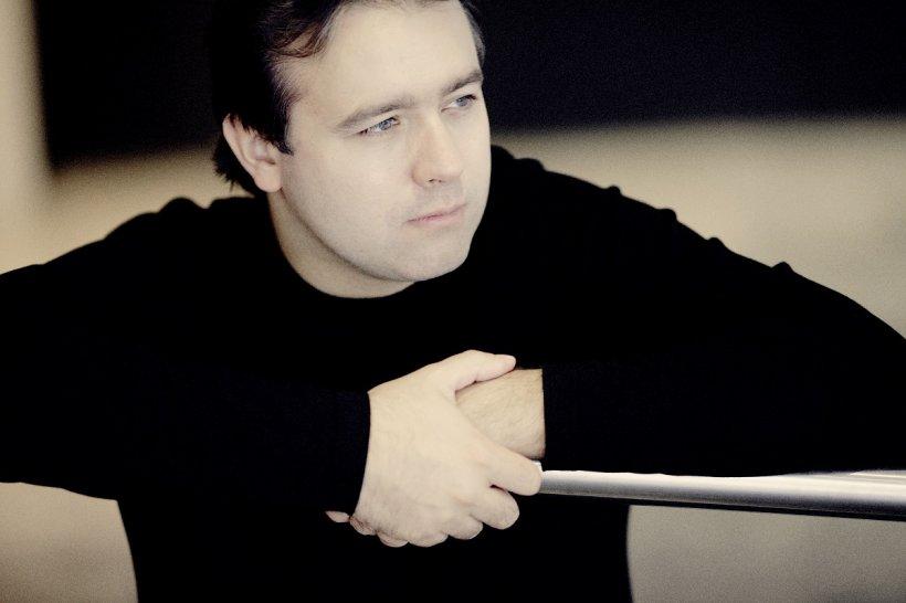 Alexei Volodin revine pentru a treia oară pe scena Festivalului Enescu. Fazil Say se retrage din motive medicale