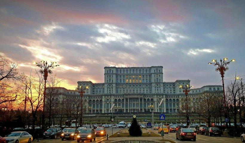 București, la un pas de a intra în scenariul roșu. Sute de localități au rata de infectare de peste 3 la mie