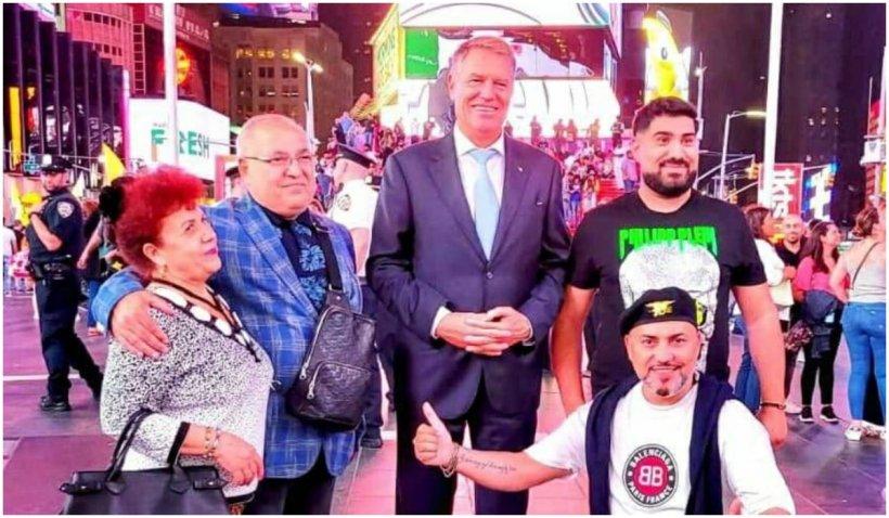Președintele României s-a pozat la New York cu manelistul Sorinel Puștiu și amicii săi