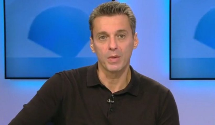 Scenă neașteptată la Antena 3: Mircea Badea a recitat o poezie de dragoste