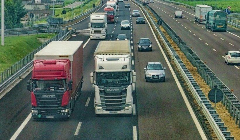 Amendă record pentru un șofer român de TIR prins băut la volan în Italia