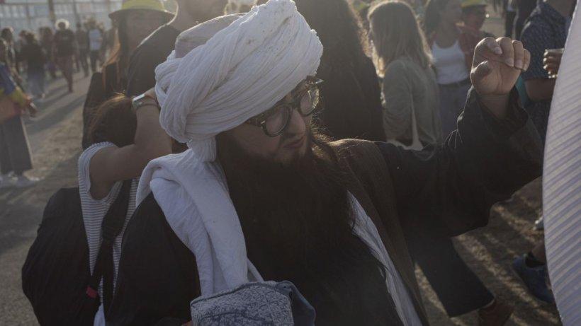"""Talibanii interzic frizerilor să scurteze bărbile: """"Nimeni nu are dreptul să se plângă!"""""""