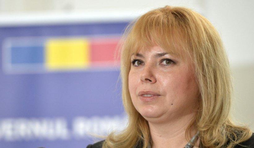 """Anca Dragu: """"Moţiunea PSD va fi citită joi şi votată marţea viitoare. Nu mai putem continua cu Guvernul Cîţu"""""""