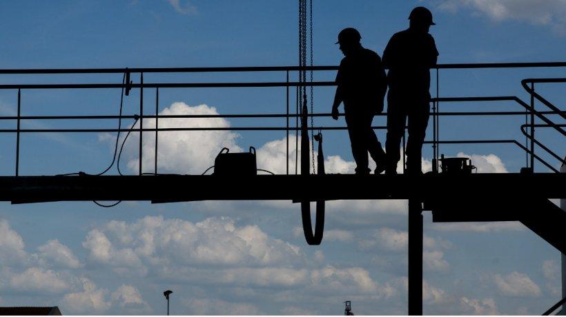 Criză de inspectori în construcţii, 150 de oameni verifică mii de reclamaţii