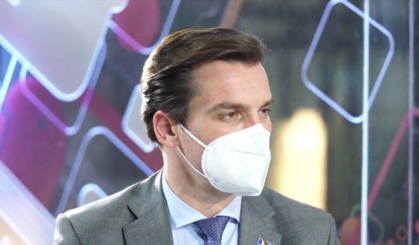 """Dr. Andrei Baciu: """"Beneficiem de certificat verde şi fără doza a treia de vaccin"""""""