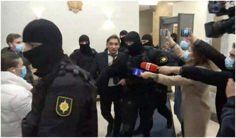 Procurorul general al Republicii Moldova a fost reţinut pentru spălare de bani