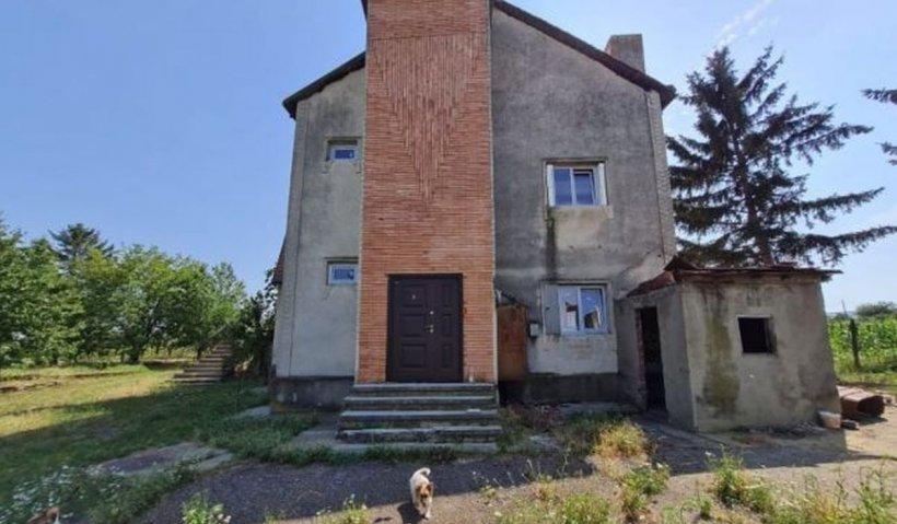 O fostă vilă a lui Ceauşescu, aflată în paragină, o să fie transformată în cămin pentru bătrâni