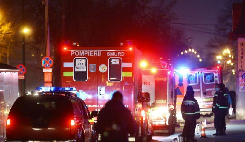 Un bărbat a fumat într-o cameră de hotel din Focșani, apoi a adormit. Pompierii i-au găsit cadavrul când au venit să stingă incendiul