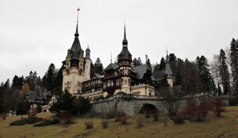 Imagini exclusive din încăperile închise ale Castelului Peleș. Comori inestimabile și turnuri crăpate