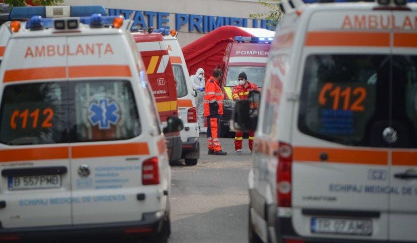 Ambulanțe MApN puse, în premieră, la dispoziția Serviciului de Ambulanță București-Ilfov, copleșit de cazurile COVID-19