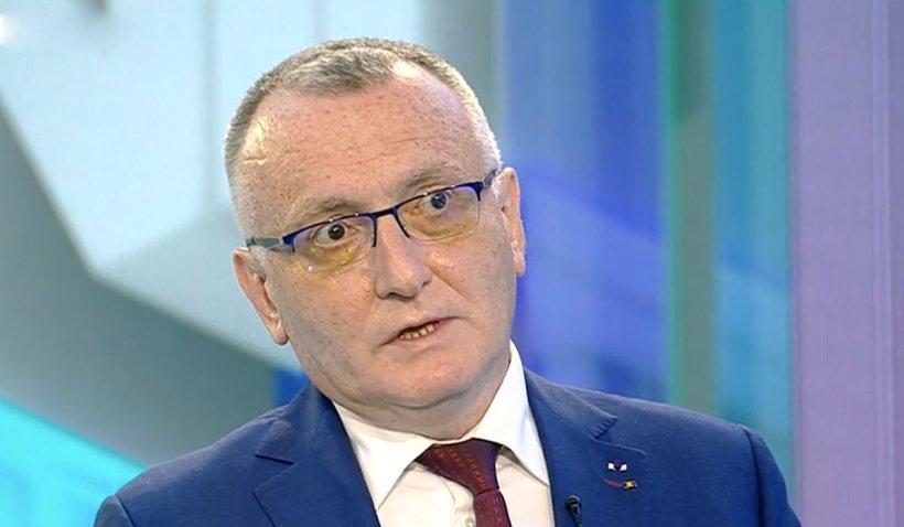 """Sorin Cîmpeanu: """"Şcolile pot cere singure intrarea în online. Resping categoric fuga de răspundere din partea directorilor"""""""