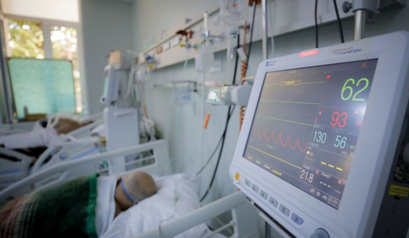 Niciun pat liber la ATI în toată țara, pentru bolnavii de COVID-19