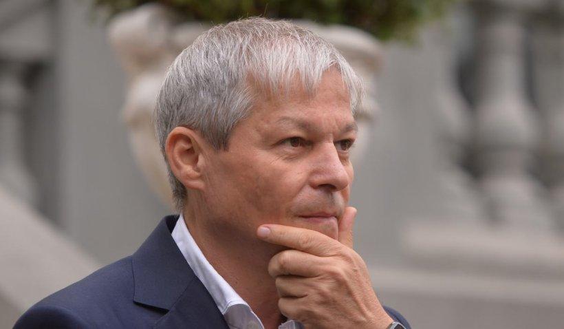 Dacian Cioloș lucrează la un guvern format doar din membri USR - surse