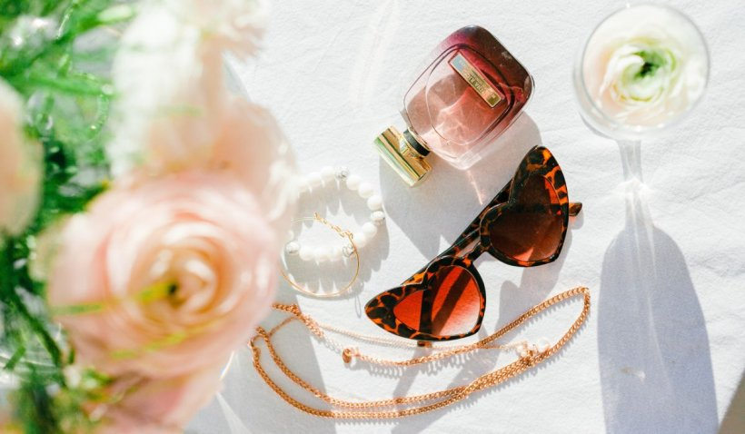 Mituri despre parfumuri pe care le credem, deși au fost demontate