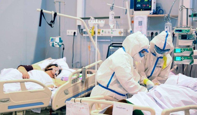 O pensionară din Bârlad, antivaccinistă convinsă, a murit de Covid-19 la ATI. Avea plămânii afectați în proporție de 90%