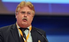 PSD calls on  Elmar Brok to quit the office he  holds with the European Parliament