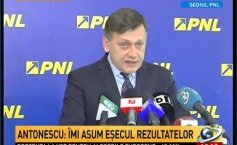 Crin Antonescu submitted his resignation as PNL president