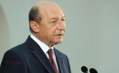 Traian Băsescu, booed at the Army's Day celebration event