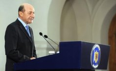 President Basescu congratulates Iohannis on presidential election win