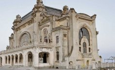 The famous Casino from Constanta will be renovated. It is a Romanian landmark